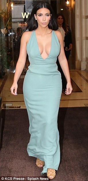 Kim Kardashian Hourglass - Dr. Gray