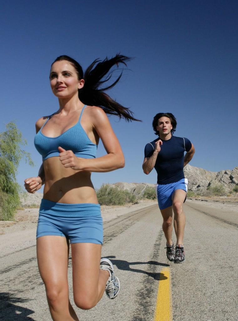 Woman-Breasts-Jogging